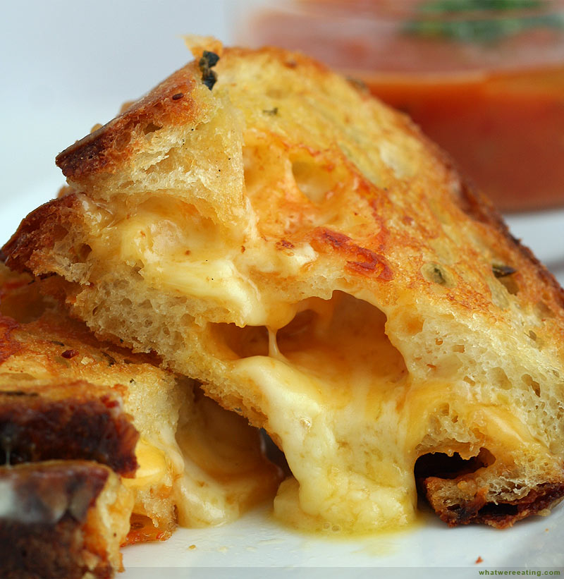 [Image: 2007-04-15_grilled-cheese.jpg]