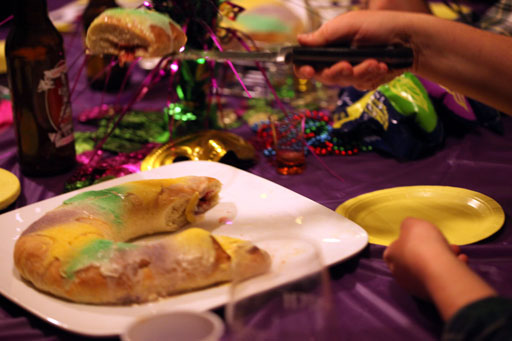 king cake being served
